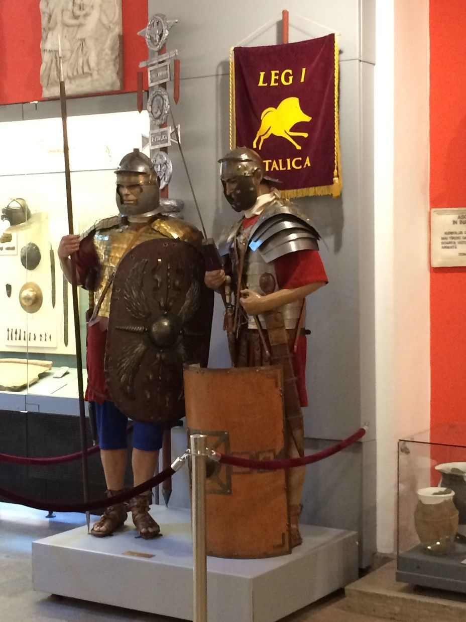 ​Mannequins of Roman legionaries. Photo by the author - Romanian military history from antiquity to the 21st century | Warspot.net
