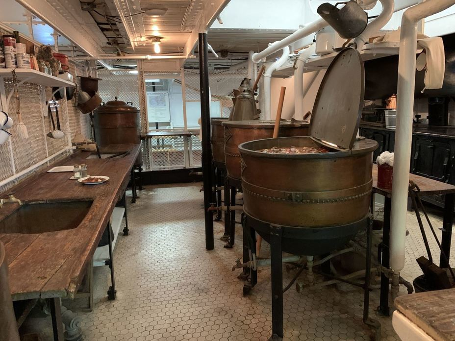 ​Galley. Photo by the author - Interesting Mismatch | Warspot.net