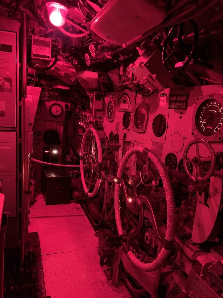 ​Submarine controls. Photo by the author - Interesting Mismatch | Warspot.net