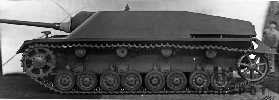 ​The sloped armour improved the protection of the casemate compared to the StuG - Jagdpanzer IV: The Best StuG | Warspot.net