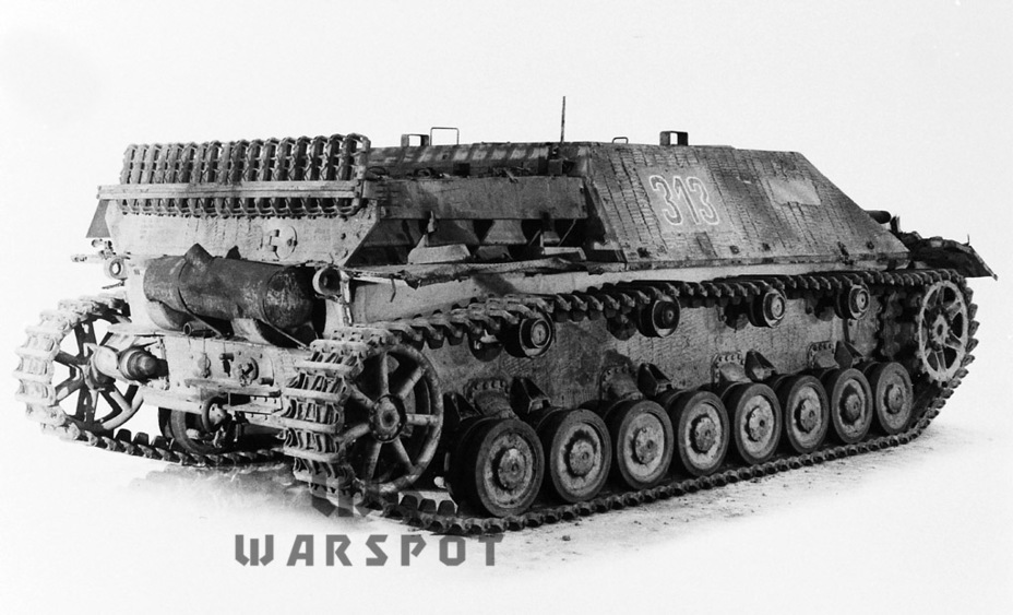 ​A captured vehicle from the Panzer Lehr - Jagdpanzer IV: The Best StuG | Warspot.net