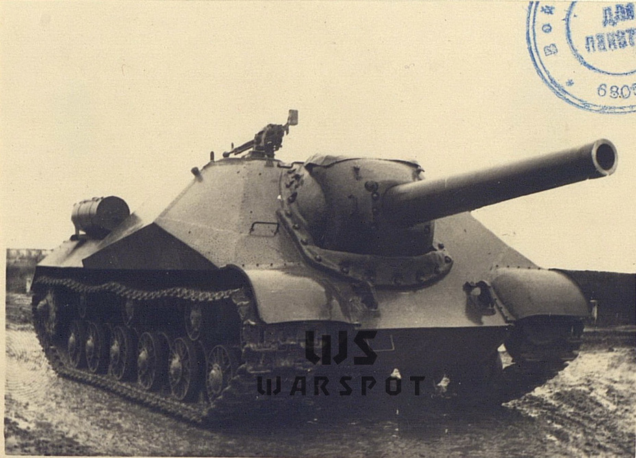 ​Kirovets-2 at the NIBT proving grounds, summer of 1945 - Object 704: Late Replacement | Warspot.net
