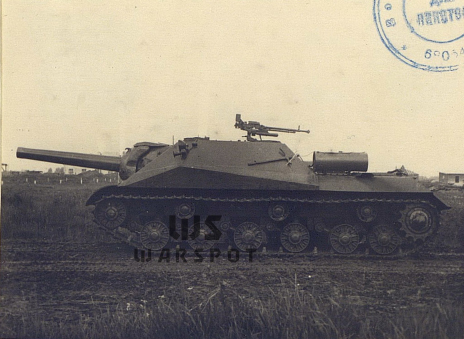 ​Like the IS-3, which was distinct from the IS-2, the SPG on the chassis of the Object 703 also differed from the ISU-152 - Object 704: Late Replacement | Warspot.net