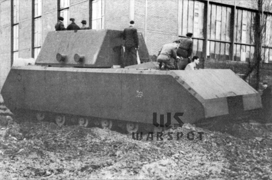 ​'The first test drive of the Maus V1, December 23rd, 1943. A mouse is drawn on the side with the caption Mäuschen (little mouse) - Stillborn Maus  | Warspot.net