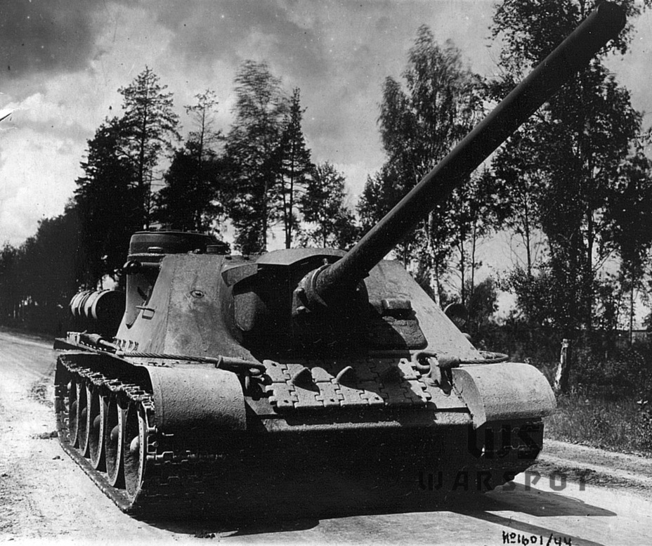 ​The SU-100 prototype converted to take the S-34 100 mm gun, June 1944 - SU-100: Optimal Modernization  | Warspot.net