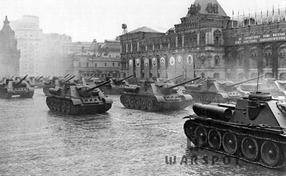 ​Victory parade, Red Square, June 24th, 1945 - SU-100: Optimal Modernization  | Warspot.net